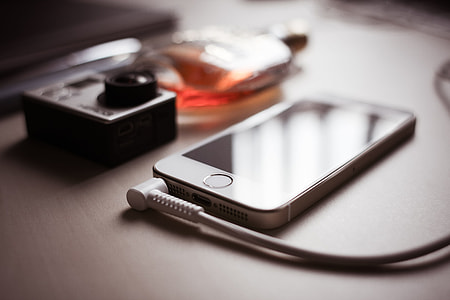 iPhone 5s with Headphones Jack