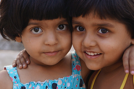 closeup photo of two girls