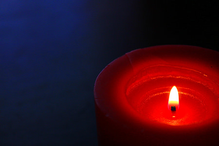 red oil candle