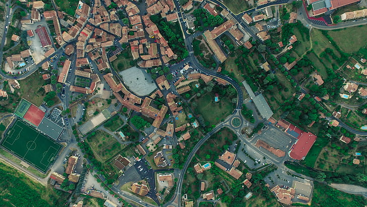 satellite photography of road and houses