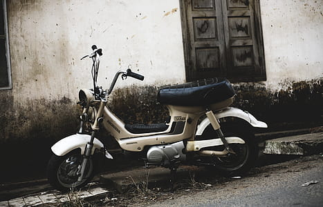 white motor scooter
