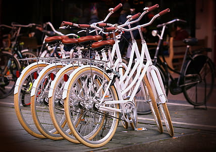 white-and-brown city bike lot