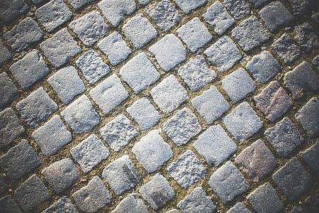 Old Block Pavement Pattern