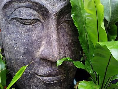 brown Buddah statue