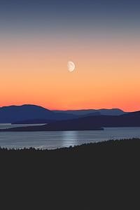 lake photography during nightfall