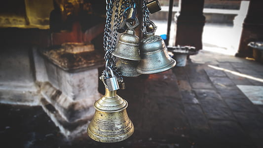 Four Gray Hanged Bells