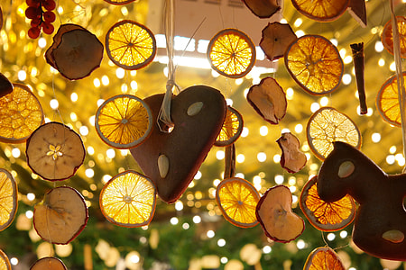 sliced lemon hanging decorations