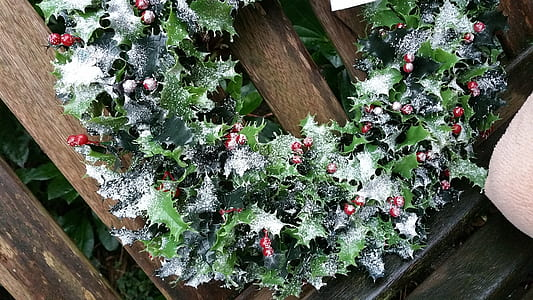 green and red artificial flowers wreath