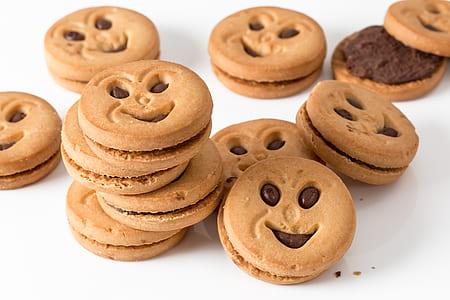 pile of chocolate cookies
