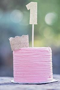 pink topping cake