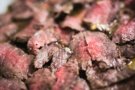 Medium roastbeef close up