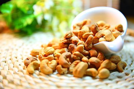 tilt shift lens cashew nuts