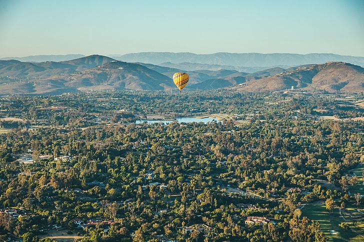 aerial photo of hot air balloon