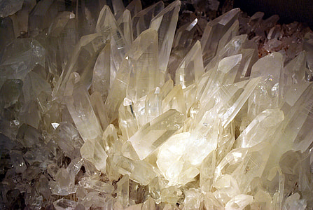 clear crystal stones