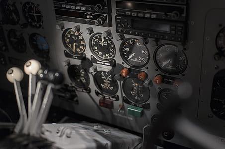 photo of gray audio transmitter