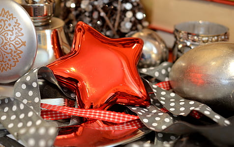 red star home decor