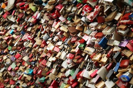 padlock lot