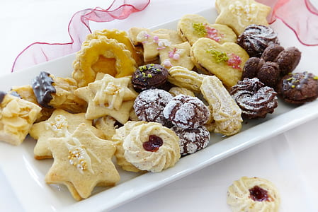 assorted cookie lot