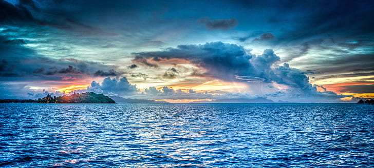 amazing blue ocean under clouds HDR photography