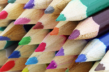 close-up photo of art pencil lot