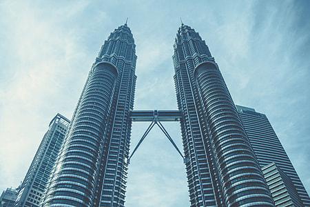 Petronas Towers inKuala Lumpur, Malaysia