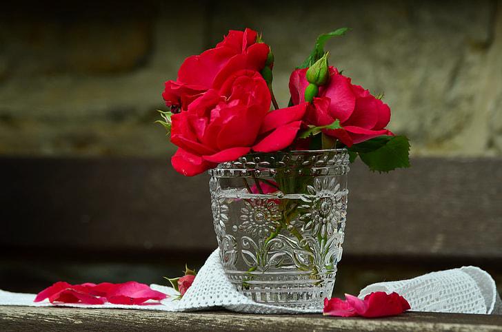 red rose flowers arrangement