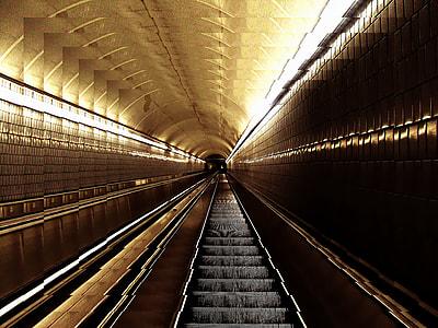 subway photograph