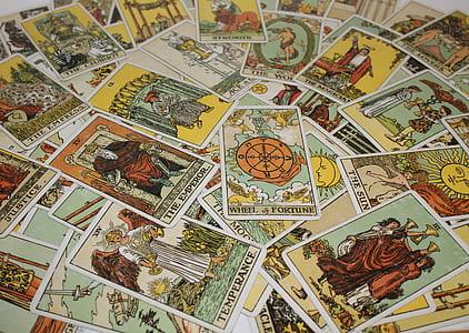 Tarot card lot