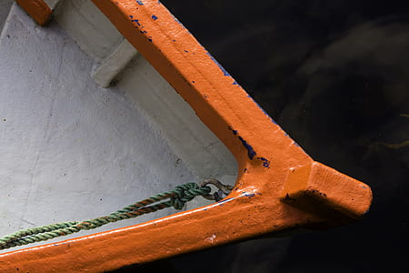 closeup photo of boat