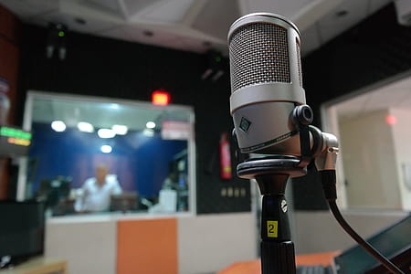 photo of gray condenser microphone