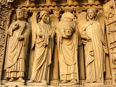 The Greek Statues