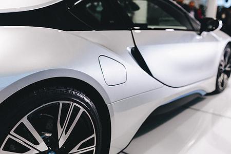 Silver BMW i8
