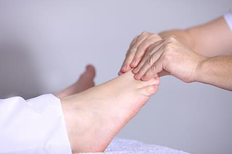 foot massage illustration
