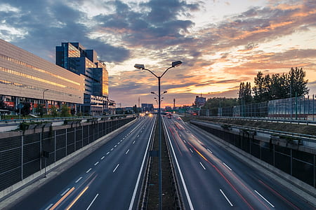 timelapse photography of highway during daytime