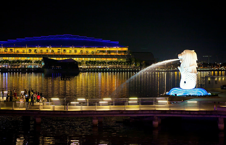 Royalty-Free photo: Merlion Singapore during daytime near ...