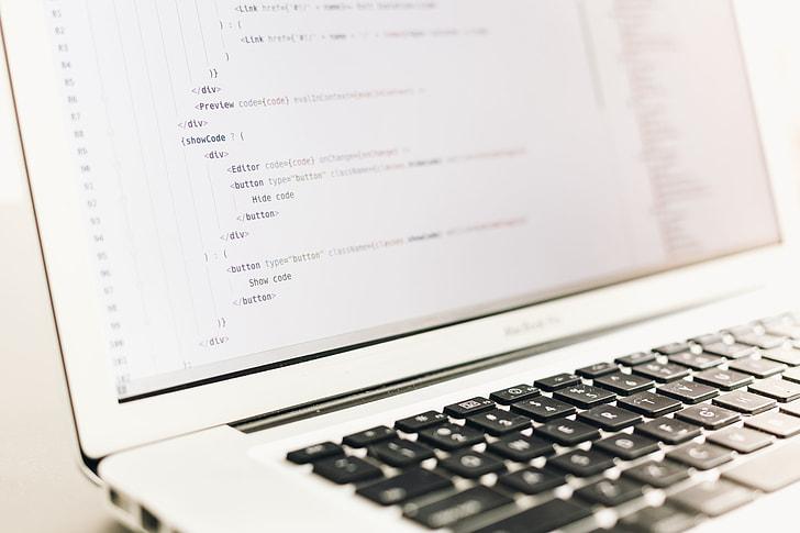 MacBook Pro HTML Code Minimal