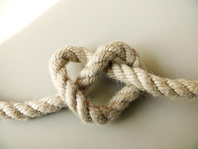 knot of brown rope close up photo